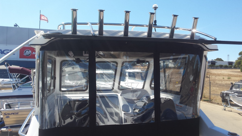 750 Northbank Sterndrive, Diesal Mercruiser 3lt 270hp &  Easy tow trailer