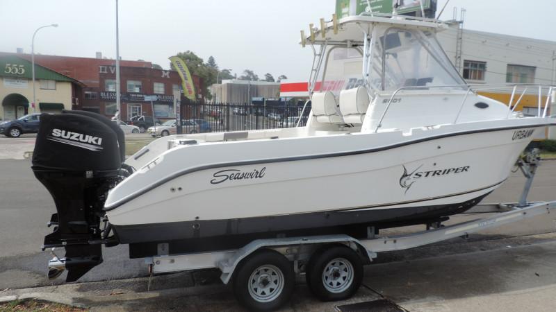 Seaswirl Striper 2601 WA 2004 Model