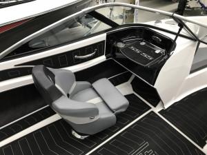 Stejcraft SS55 Sterndrive Bow Rider 2021 Model