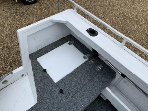 STACER 429 OUTLAW SIDE CONSOLE