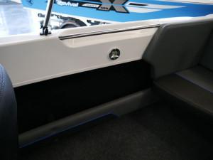 Revival R530 X-Rider Bow Rider