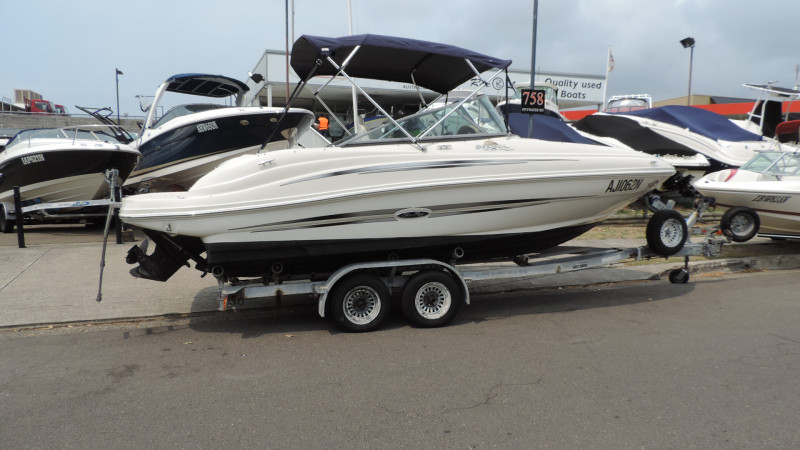 Sea Ray 200 Sundeck 2007