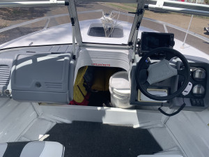 2006 Quintrex 480 Coast Runner CV 60Hp Yamaha 4 stroke (only 276 Hours) on Quintrex trailer