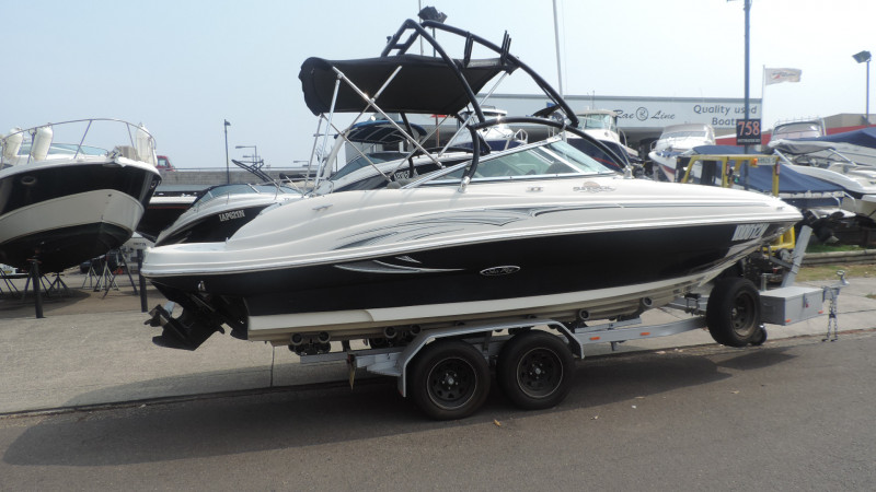 Sea Ray 200 Sundeck 2006