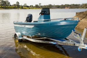 Polycraft 410 Challenger Centre Console Our Pack 4 Powered by the Yamaha F50