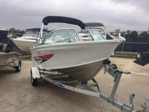 New Quintrex 430 Fishabout Pro Powered by the Yamaha F60  Four Stroke Pack 3