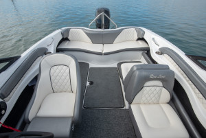 2021 Rae Line Bowrider 185 Outboard