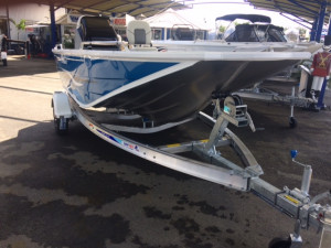 QUINTREX F450 HORNET TROPHY  SC 70HP  STOCK BOAT