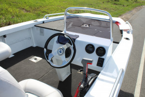 QUINTREX 440 HORNET TROPHY Side Console F 60 HP our Pack 2