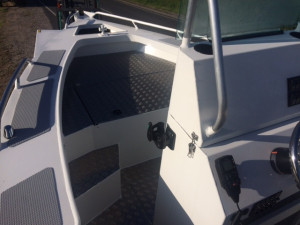 6200 YELLOWFIN Centre Console 150 HP STOCK BOAT !