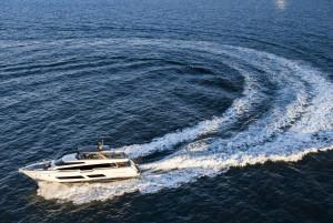 Ferretti Yacht 850