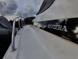2001 Riviera 4000 Offshore Platinum
