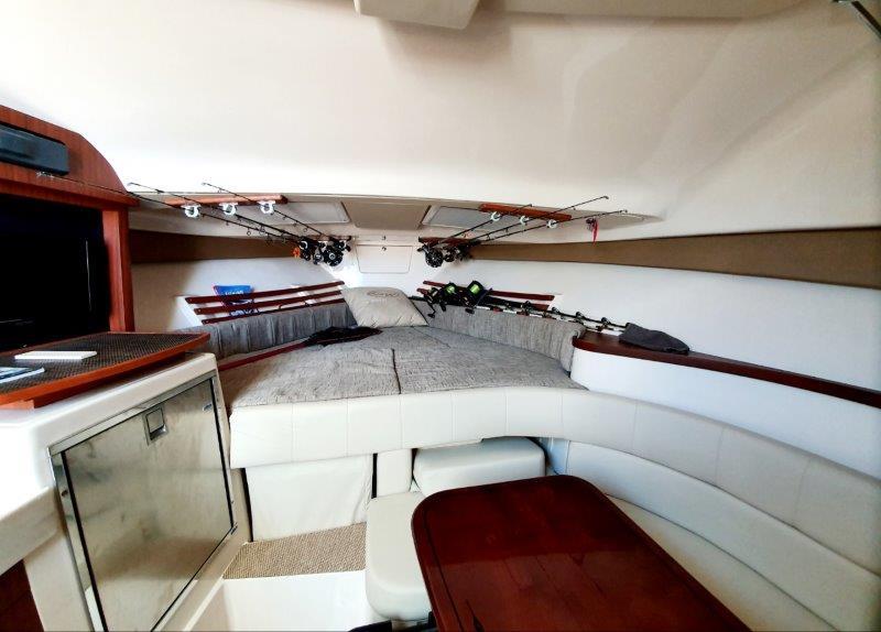 Grady White SE 330 Express