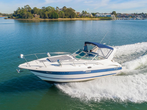 2006 Cruisers Yacht 320 Express