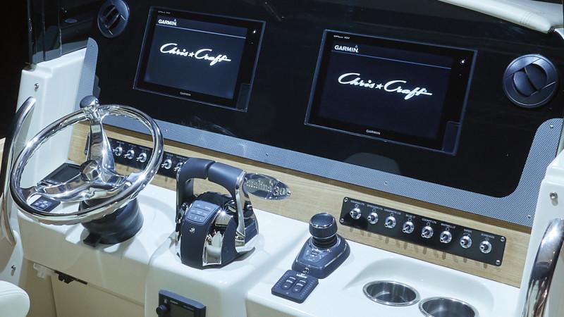 Chris-Craft Catalina 30
