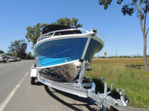 QUINTREX 500 CRUISEABOUT F90 HP Pack 4
