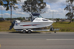 Quintrex 650 TRIDENT  F 200 HP Pack 2