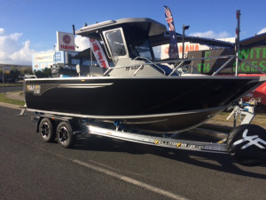 6500 YELLOWFIN Centre Cabin 150HP PACK 4