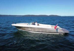 Chris Craft Corsair 28