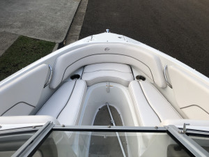 USED 2014 CROWNLINE 19SS BOWRIDER POWERED BY 5.0LT MERCRUISER MPI (100hrs)