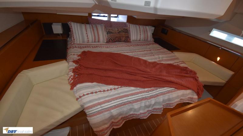 Jeanneau Sun Odyssey 44 Deck Saloon