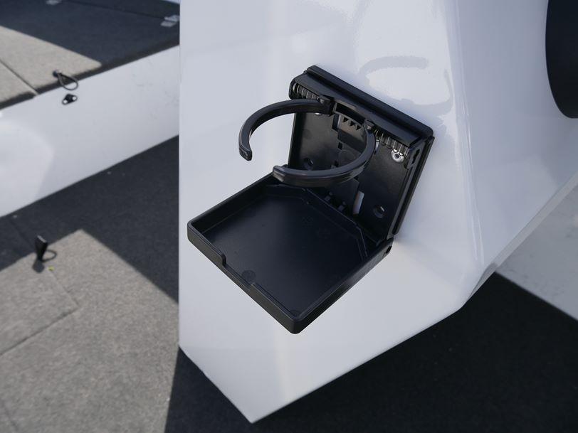 Quintrex 490 Renegade Side Console