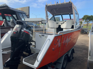 2001 Sea Rider 5.3m plate boat with 140hp Suzuki 4 stroke