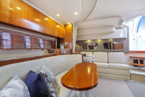 2008 Cruisers Yachts 390 Sports Coupe