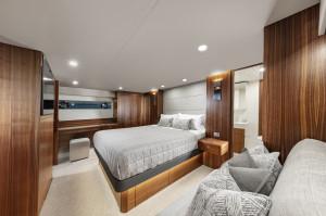 Maritimo M70 Cruising Motoryacht