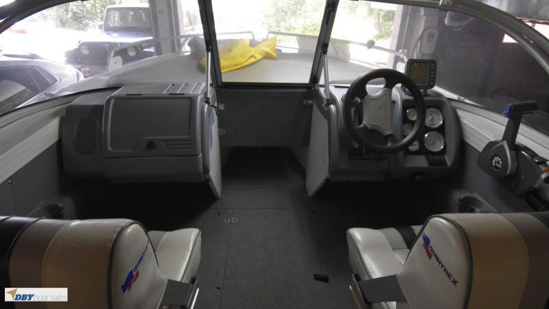 Quintrex 510 Freedom Sport Bowrider