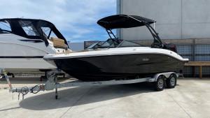 2019 Sea Ray SPX 210 OB