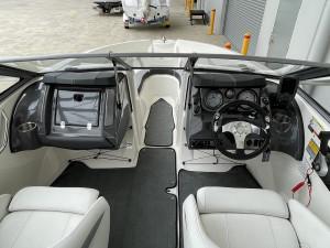 Larson LX195S Bowrider 2013 Model