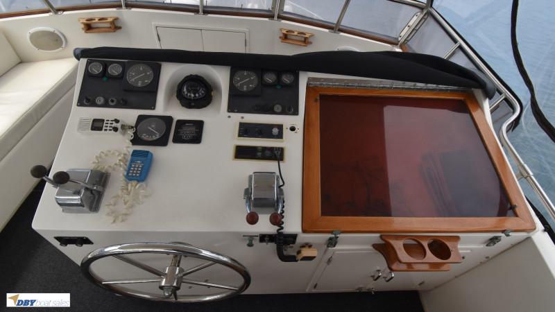 Ranger 43 Aft cabin Flybridge