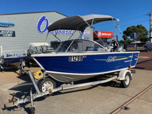 Stacer 440 SeaHawk Sports