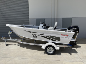 Stacer 429 Outlaw Side Console Suzuki DF50 2021 Model