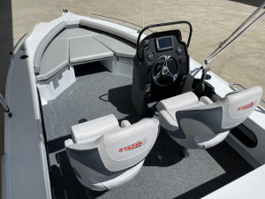 Stacer 481 Crossfire Side Console Yamaha F75 2021 Model
