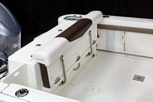 Robalo R247 Dual Console 2022 Model