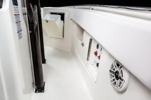 Robalo R302 Centre Console 2022 Model