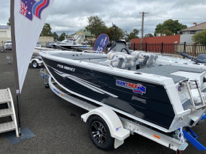 QUINTREX 450 HORNET TROPHY with 70hp Yamaha
