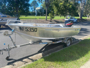 USED 2013 BLUEFIN ROUGE DELUXE WITH 50HP MERCURY 2-STROKE