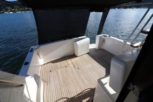 Riviera 3300 Flybridge