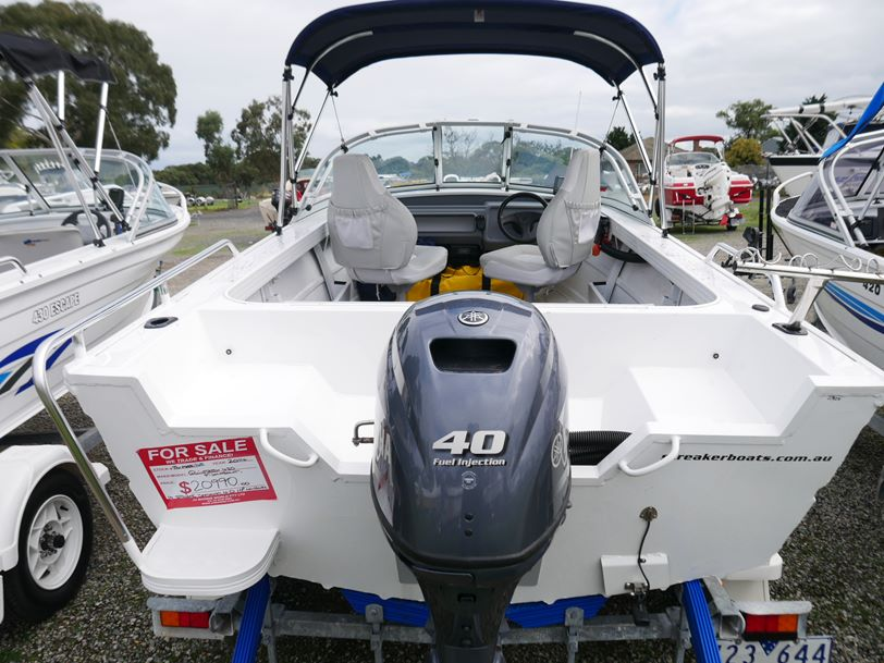 Quintrex 430 Fishabout - Runabout