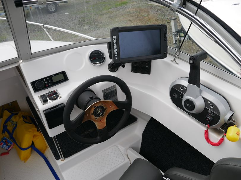 Revival 520 Offshore Runabout