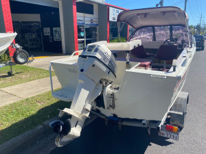 USED 2002 4 SEASONS SEAHAWK 4.45 RUNABOUT WITH 50HP JOHNSON OUTBOARD