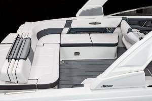 Chaparral 30 SURF Bowrider 2022 Model