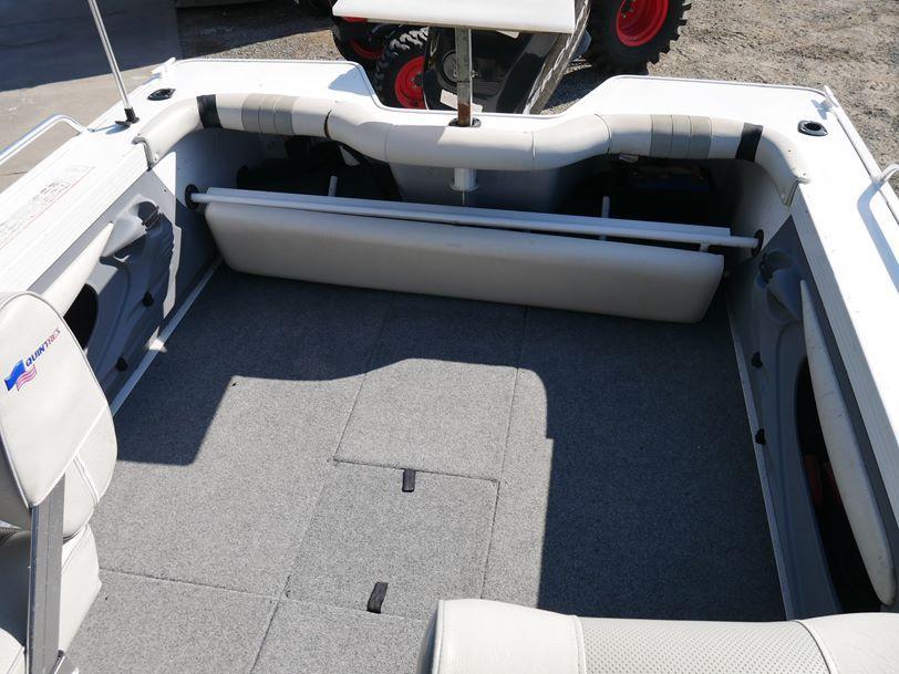 Quintrex 560 Spirit - Cabin Boat