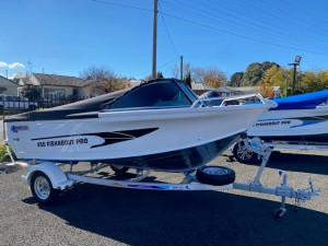 QUINTREX 430 FISHABOUT PRO with 60hp Yamaha