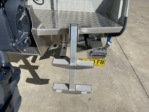 Bar Crusher 575C Plate Aluminium Cuddy Cabin