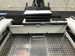 Bar Crusher 730HTP Plate Aluminium Hard Top Pilothouse