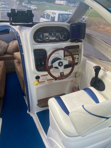 2006 WHITTLEY CRUSIER 550 FULL CABIN WITH 3.0LT MERCRUSIER (279.4Hrs)